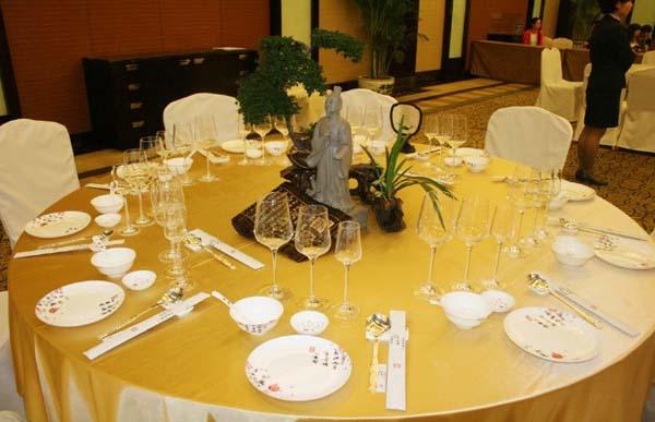 中餐摆台标准|jjhome动态|上海酒店用品公司图片