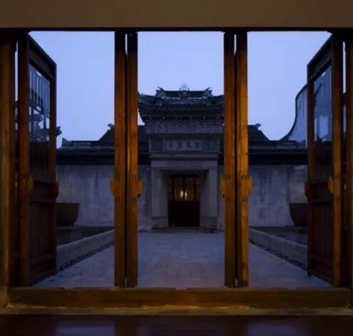 中式美酒店