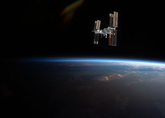 俄罗斯打算上天建酒店,太空旅游离我们又近一步4.jpg