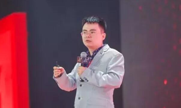 嘉州商界传媒董事长、商业模式设计专家郑翔洲.jpg