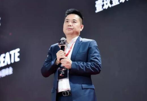 壹玖壹玖酒类平台科技股份有限公司董事长杨陵江.jpg