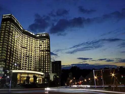 希尔顿逸林酒店.jpg